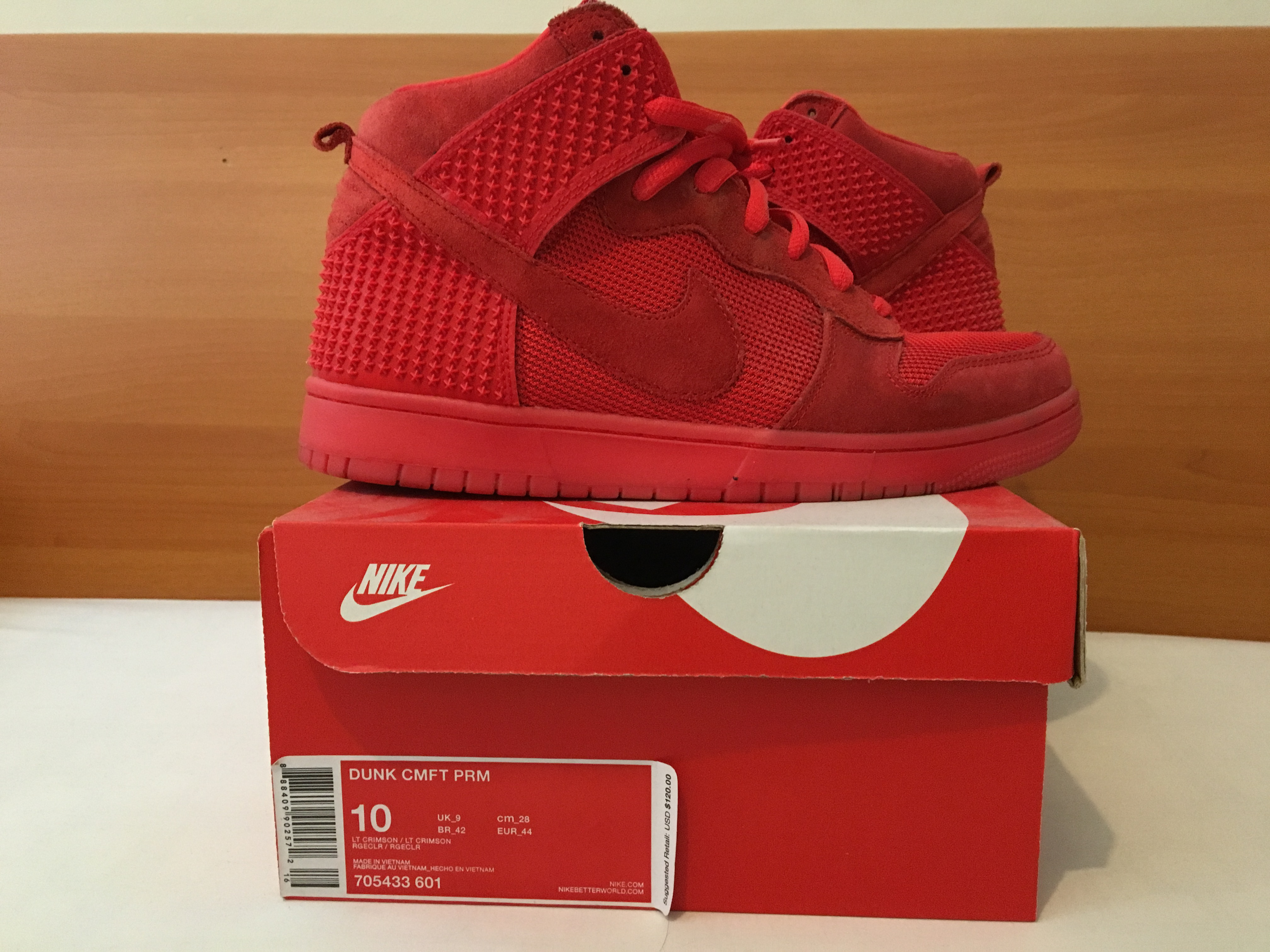 uk availability 95cb6 c3d97 Nike ×. Nike CMFT Dunk High