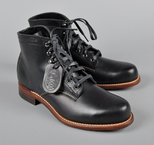 479074a4cc1 Wolverine Bnib 1000 Mile Boot In Black | Grailed