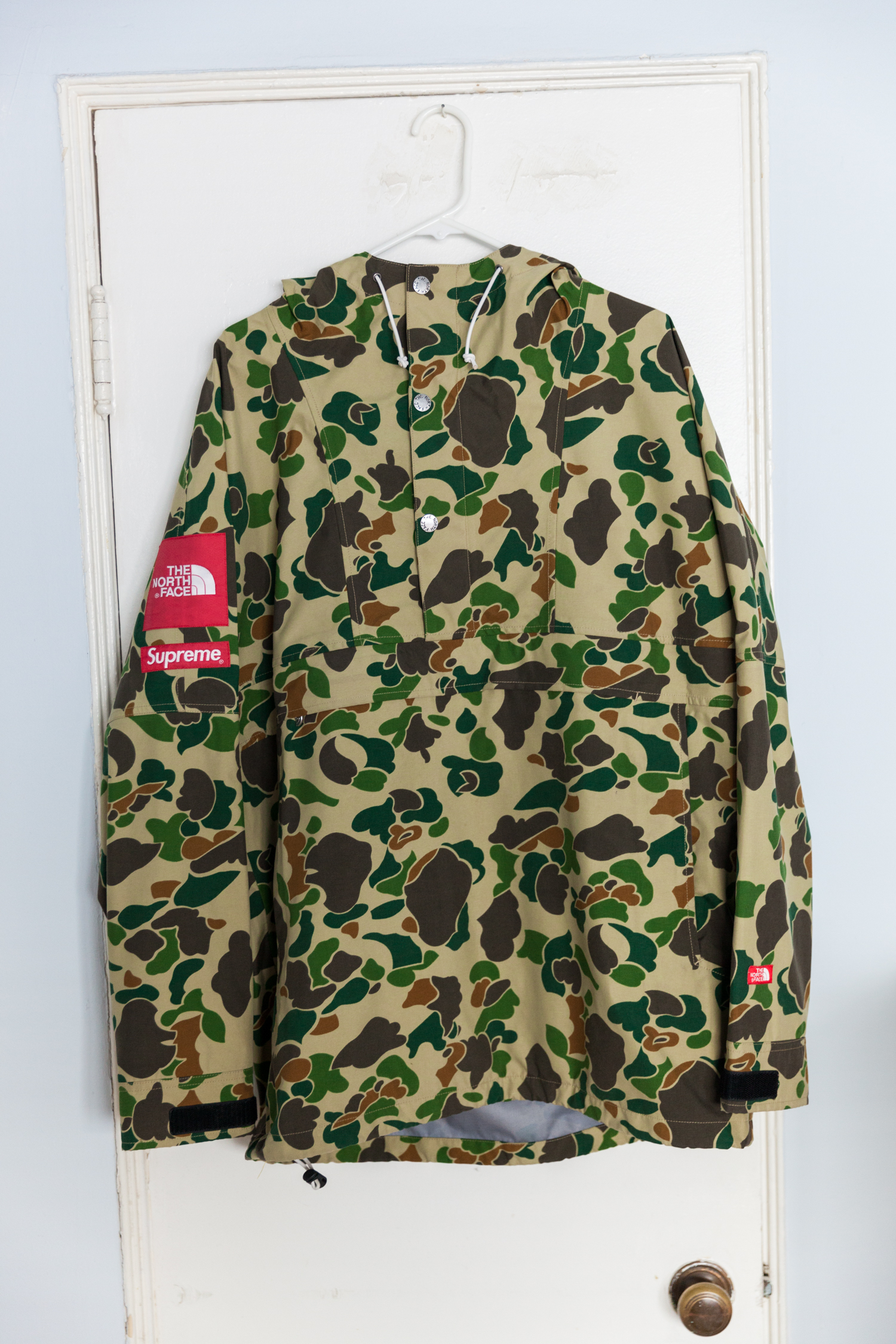 5287896aeab8c Supreme × The North Face ×. S/S 2010 Duck Camo Expedition Pullover Jacket