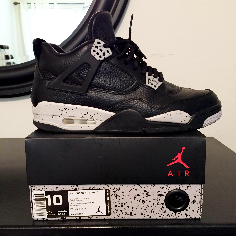7e935b27294dc0 Nike ×. Air Jordan IV 4 Oreo Sz 10. Size  US 10   EU 43