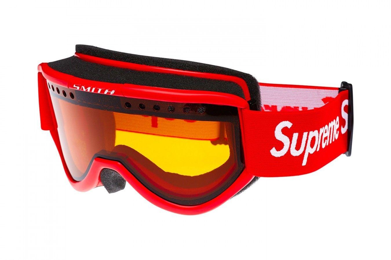 a6f56aef644b Supreme Smith Cariboo OTG Ski Goggle Size one size - for Sale - Grailed