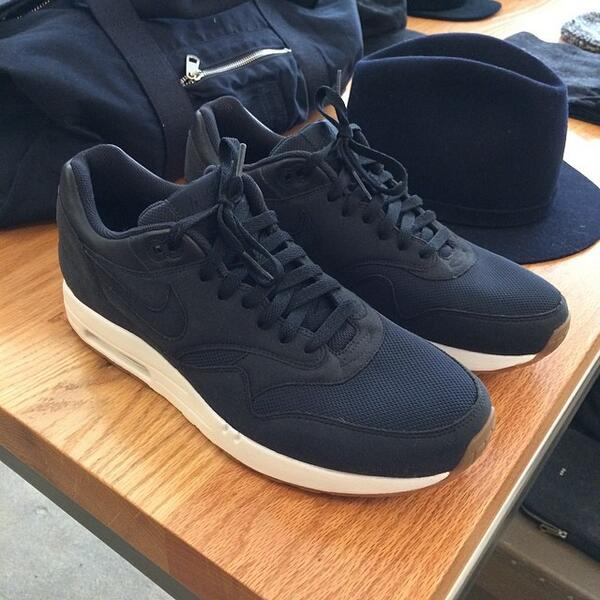 wholesale dealer 372bb 6145e A.P.C. APC x NIKE Air Max 1 Navy Size 10.5 - Low-Top Sneakers for Sale -  Grailed