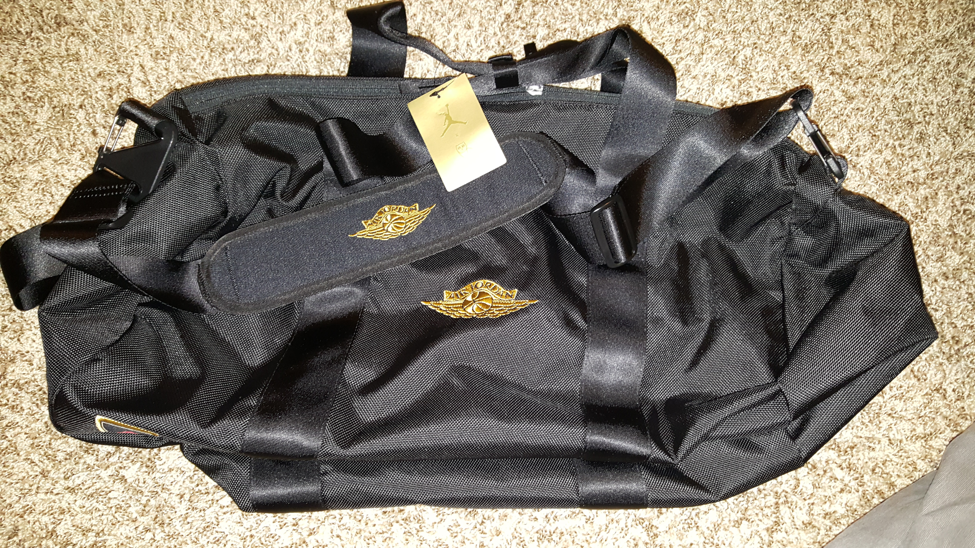 5db00155ee51 Jordan Brand Jordan Brand x OVO Duffle Bag Size one size - Bags   Luggage  for Sale - Grailed