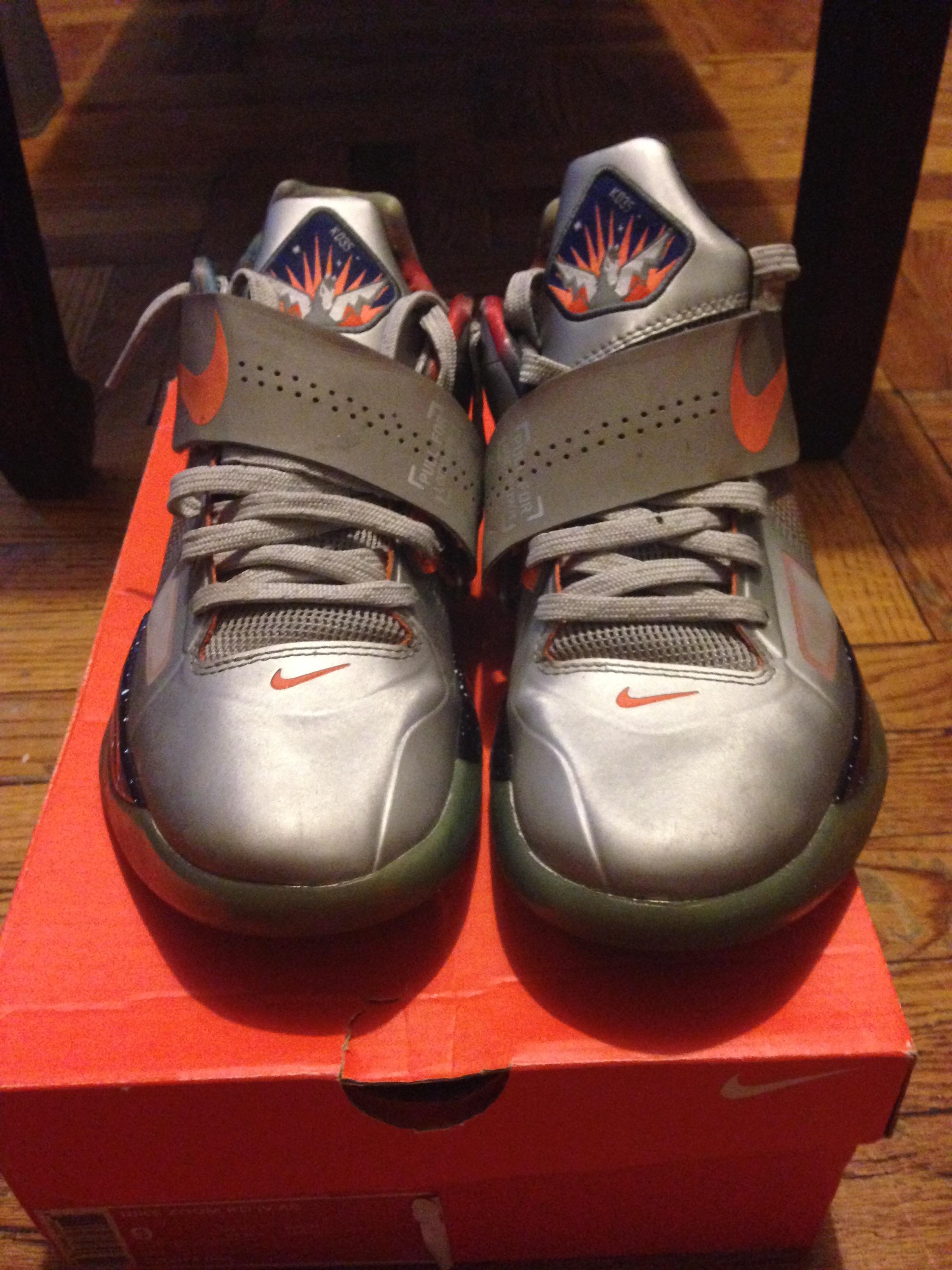 16f757444aba Nike ×. Galaxy KD 4. Size  US 9 ...