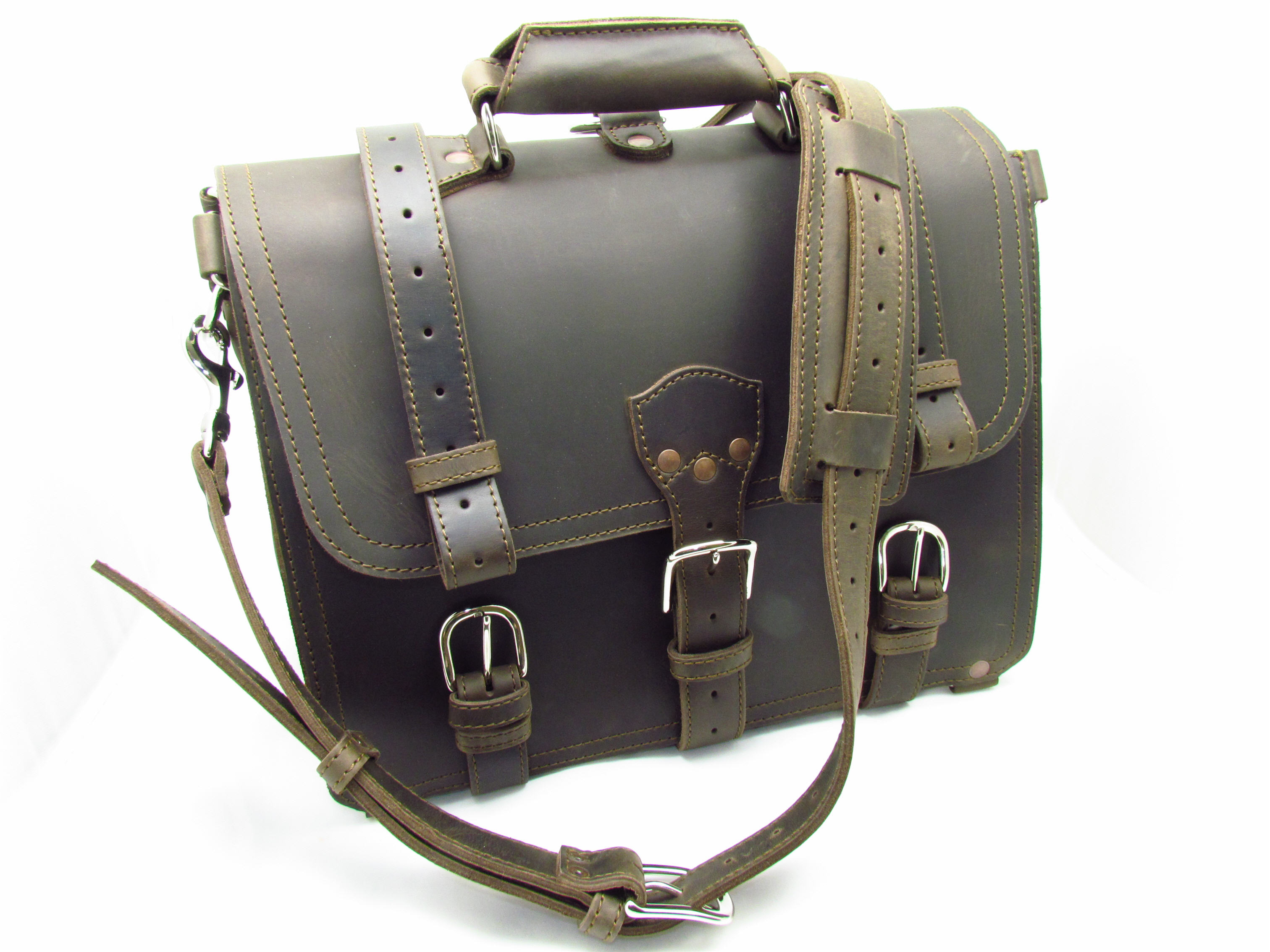 85e1a6fc4a1a Saddleback Leather Classic Briefcase Size one size - Bags   Luggage for Sale  - Grailed